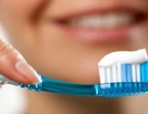 Diş fırçasına fazla macun sıkmayın